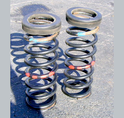 W123 Front Springs